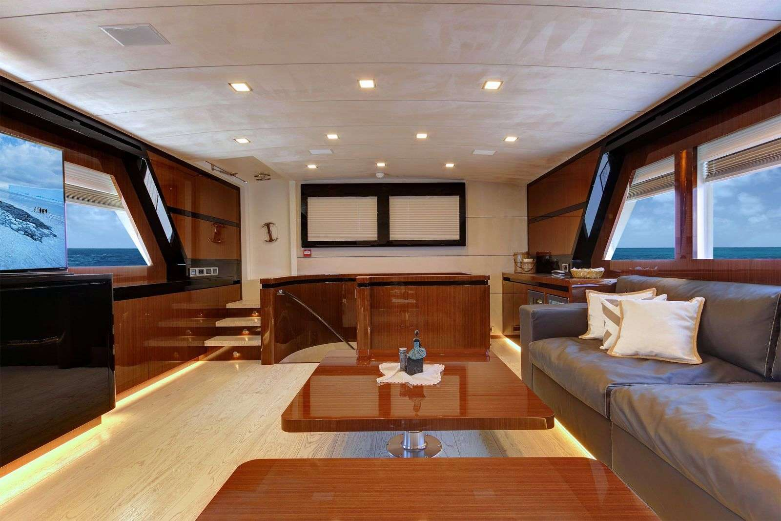 Image of MOSS yacht #3