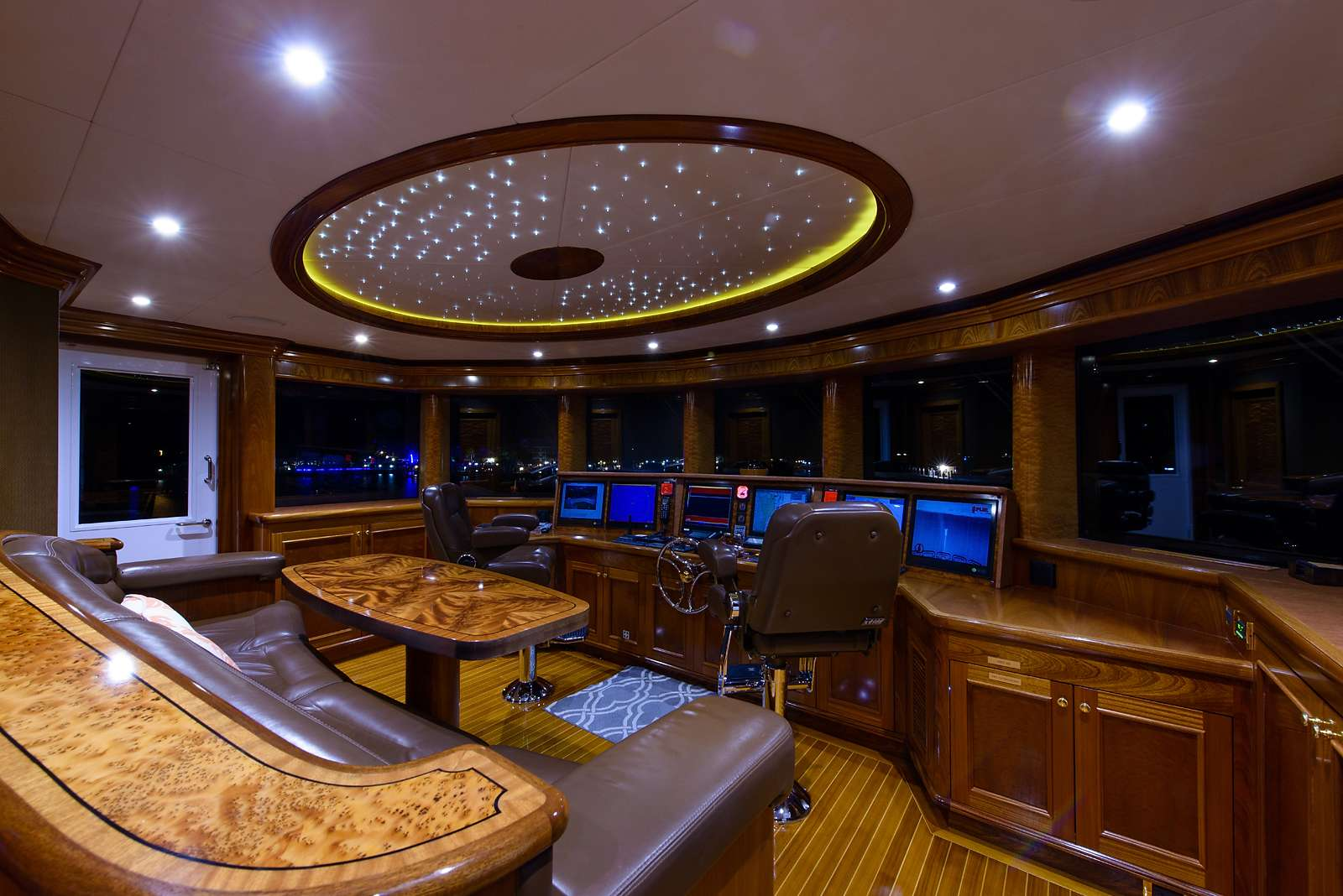 Image of EXCELLENCE yacht #18