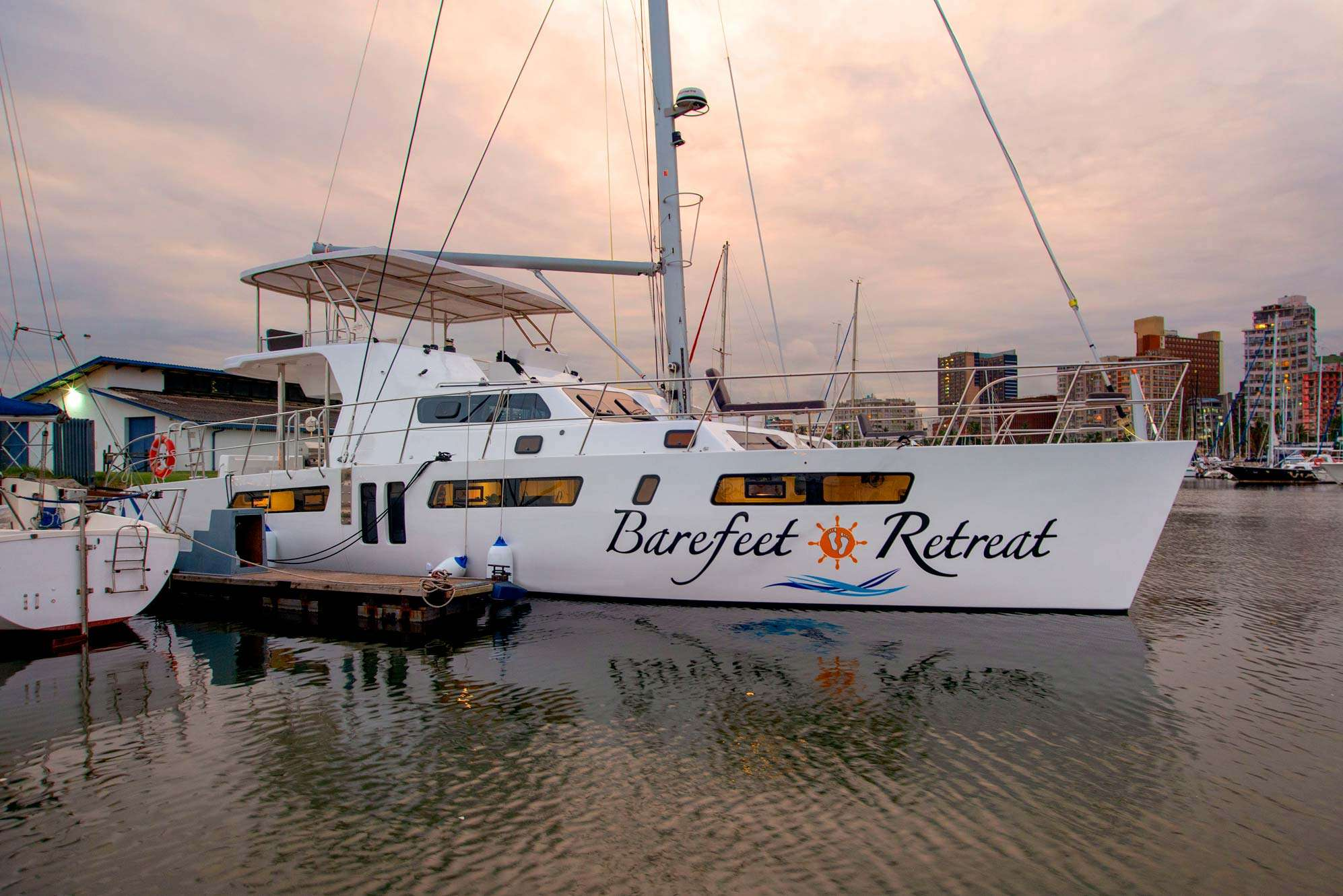 Image of BAREFEET RETREAT yacht #15