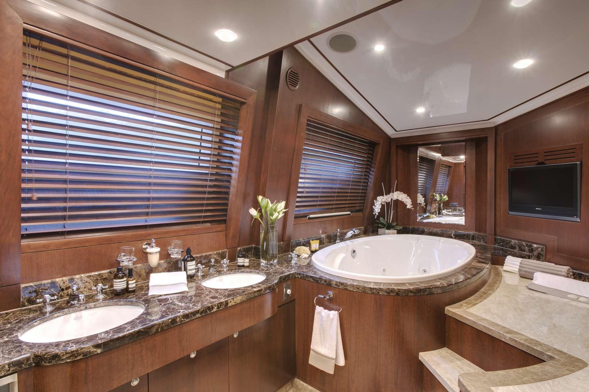 Image of MASTEKA 2 yacht #8