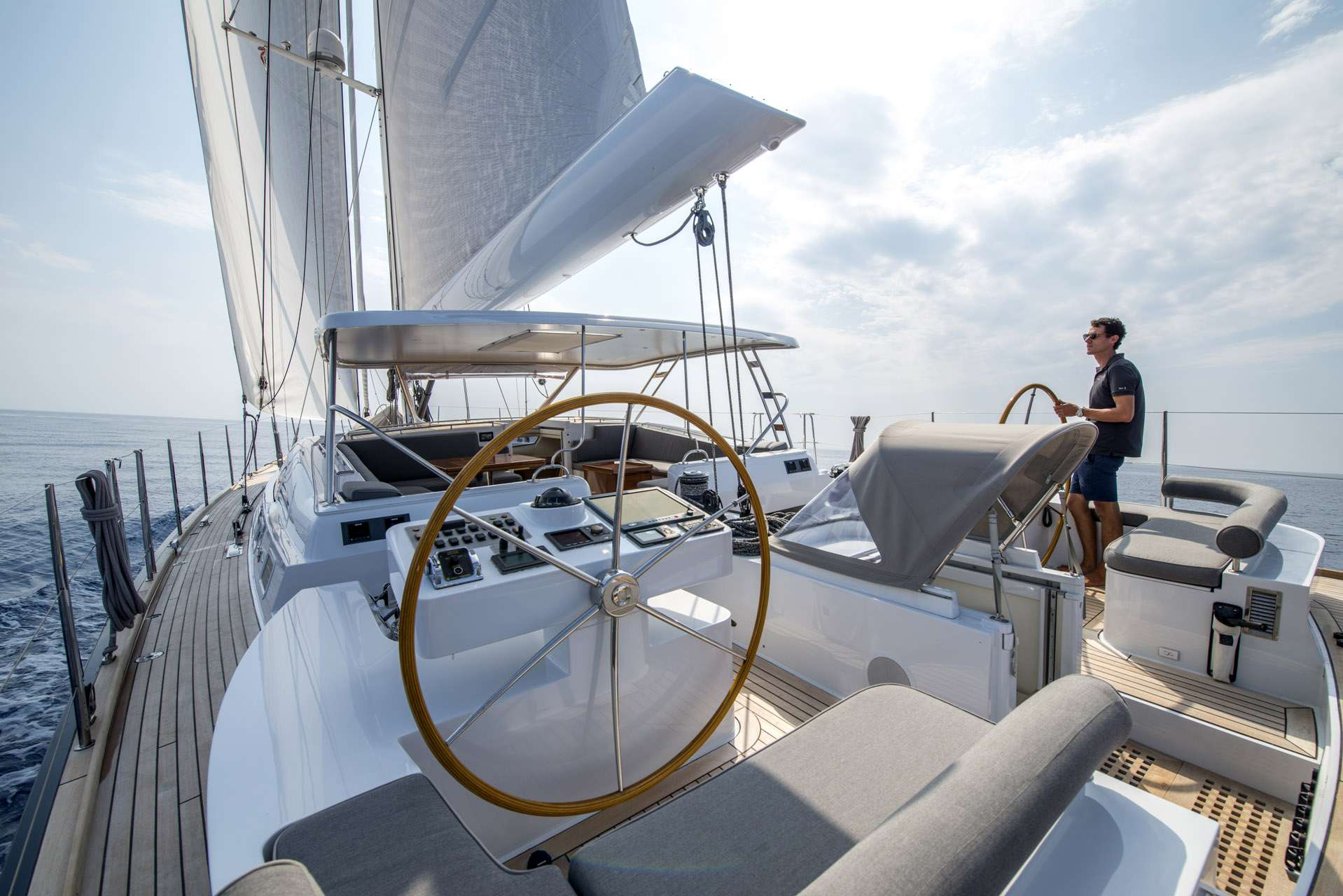 Image of LADY 8 yacht #17