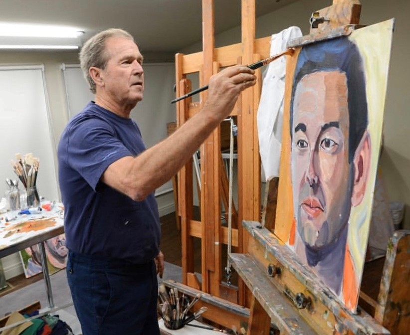 President George W. Bush paints a portrait of Kevin Rosenblum '04