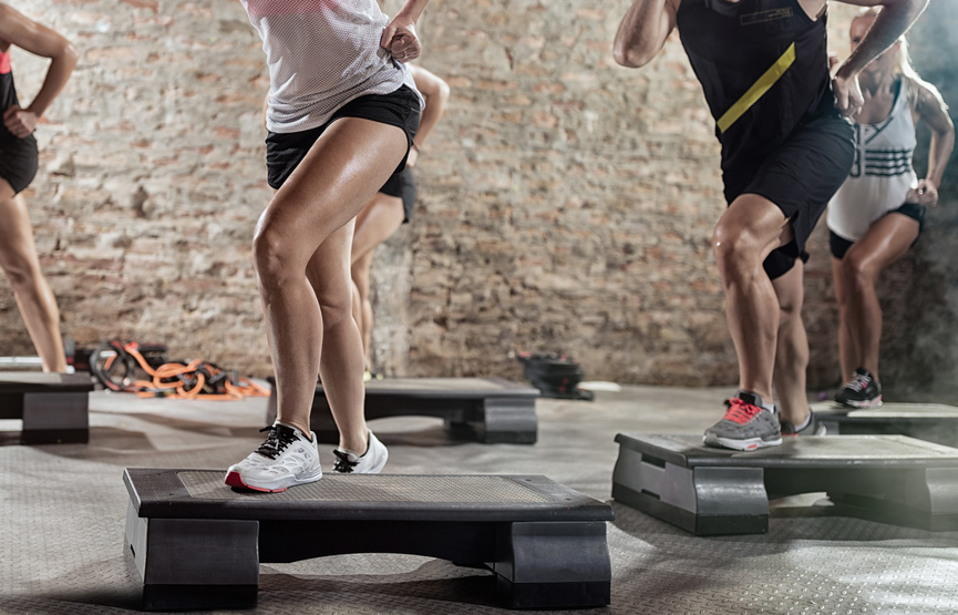 Step-Cbu-Fitness-Centrebuchilien-Gym-Danse-Cardio-Cours collectifs-Training