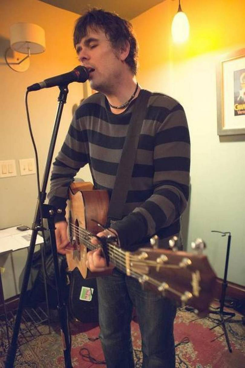 Akron rocker Brian Lisik juggles writing, music   Centre Daily Times