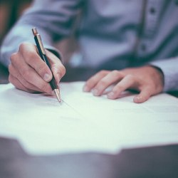 Aspectos legales de los contratos en Centros Comerciales