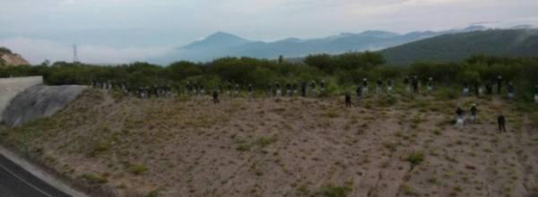 22 sep: Agresión en proceso contra familiares y estudiantes de Ayotzinapa en Tixtla, hay heridos