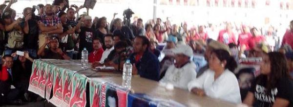 Transmisión en vivo – Conferencia de prensa: Madres, padres y estudiantes de Ayotzinapa informan sobre reunión con Peña Nieto