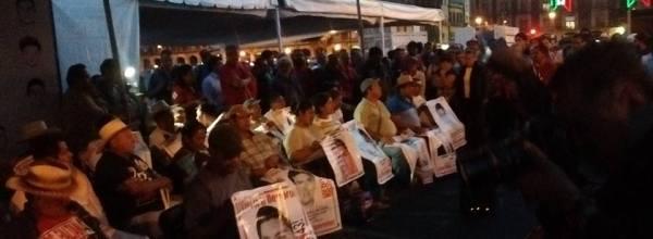 #Ayuno43x43 Los padres de Ayotzinapa, maestros de la memoria y la verdad