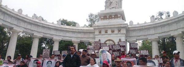 26 oct, Ayotzinapa: A más de un año, la llama de la indignación en México sigue iluminando la esperanza