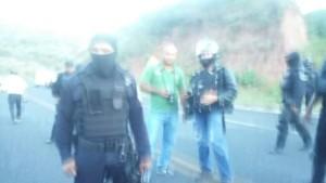 20151111 Ataque policial contra Ayotzinapa 6