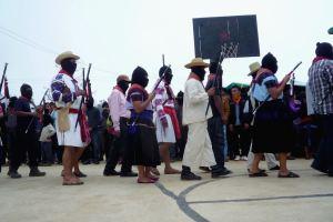 Y en las comunidades zapatistas