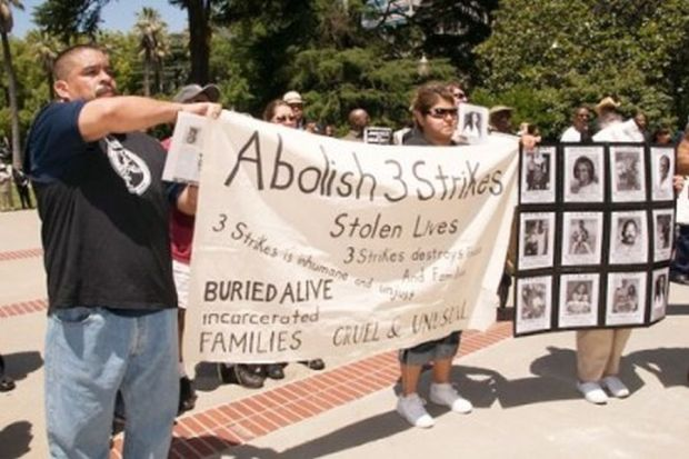 Activists and community members from several cities went to Sacramento to rally against 3 strikes, the death penalty, and for justice for Oscar Grant, killed by BART police, and for the SF8, accused of shooting a SF policeman in 1971, among other issues.
