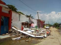 Daños en Puerto Arista 03