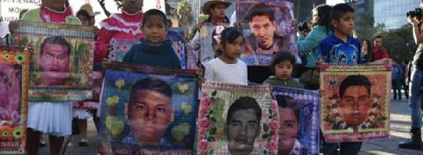 """""""La Corte debe ser valiente y estar con la verdad"""": familias de Ayotzinapa"""