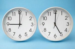 Cómo afecta el cambio de hora a las personas mayores