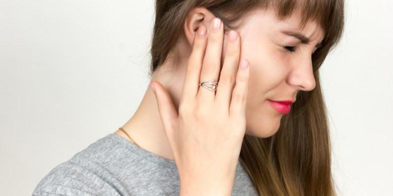 La oreja duele: la otitis de bañarse
