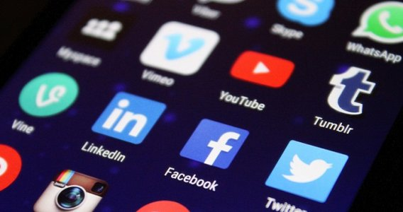 La dilagante diffusione dei social network sdogana gli accertamenti tributari in rete