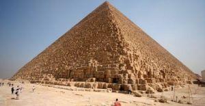 CHARLA: El enigma de la Gran Pirámide @ Fundación Sophia