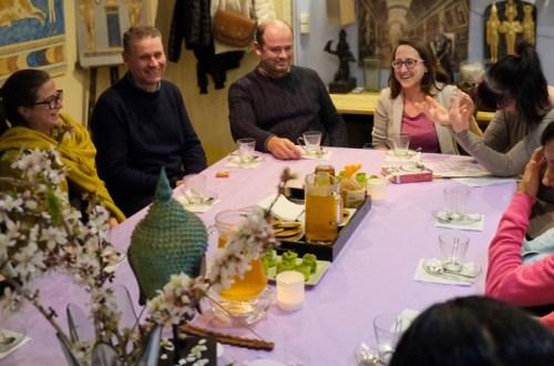 Los voluntarios culturales de la Fundación Sophia están preparando una nueva exposición interactiva sobre el ZEN
