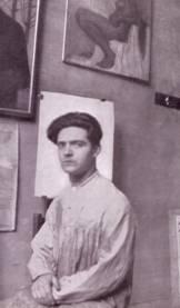 Dario Wolf nel suo studio presso Piazza del Duomo a Trento nel 1930