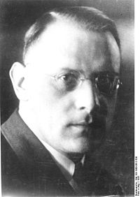 Hans Friedrich Karl Günther (Friburgo, 16 febbraio 1891 – Friburgo, 25 settembre 1968)