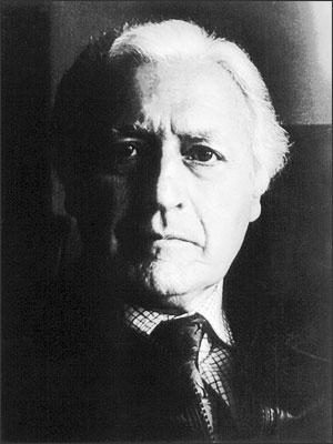 Miguel Serrano  (Santiago del Cile, 10 settembre 1917 – 28 febbraio 2009)