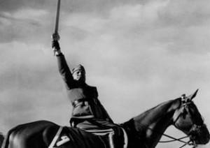 Mussolini brandisce la Spada dell'Islam