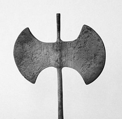 Del simbolismo de la hacha