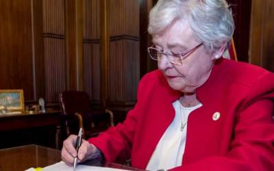 Alabama: il testo completo e un commento della legge che bandisce l'aborto.