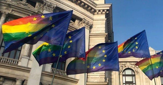 La Commissione UE profitta del Covid per imporre l'ideologia LGBTQI