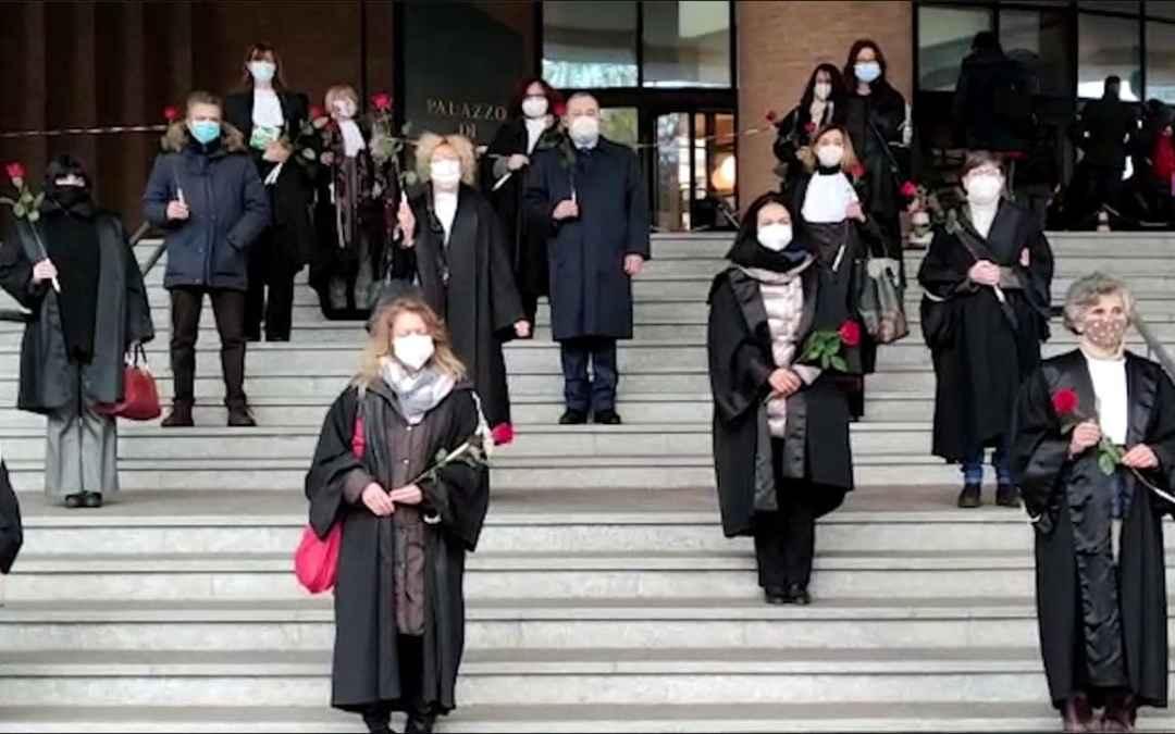 Flash mob magistrati onorari