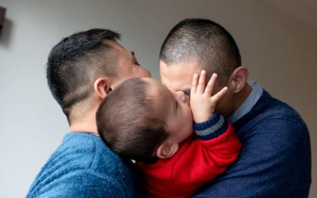 """Adozione da coppie """"gay"""" e maternità surrogata. Ancora su Sezioni Unite n. 9006/2021"""