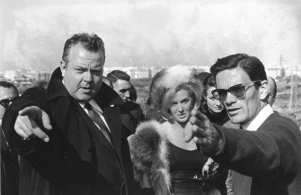 rson Welles e Pier Paolo Pasolini sul set del film La ricotta (1962) - foto di Mario Dondero