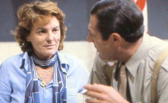 """Liliana Cavani e Marcello Mastroianni sul set de """"La pelle"""" (1981). Foto di Deborah Beer. Archivio Cinemazero Images"""