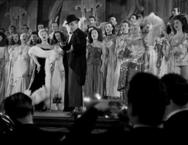 """Totò in """"I pompieri di Viggiù"""" (1949)"""
