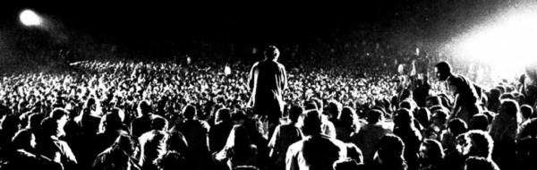 La folla al Festival di Castelporziano vista dal palco