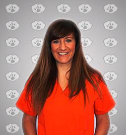 Raquel, clinica veterinaria Albayda