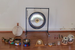 gong e strumenti rituali