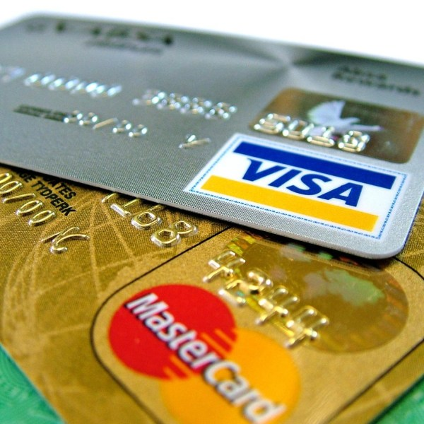 Reasons to Use a Credit Card for Every Purchase
