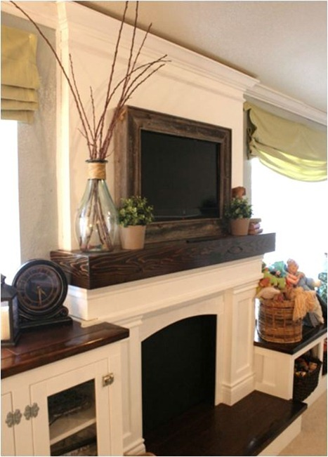 Build It In: No Need To Decorate Around The TV Here, Since The TV Cubby Is  Part Of The Design Of This Fireplace And, With The Exception Of The Hinges,  ...
