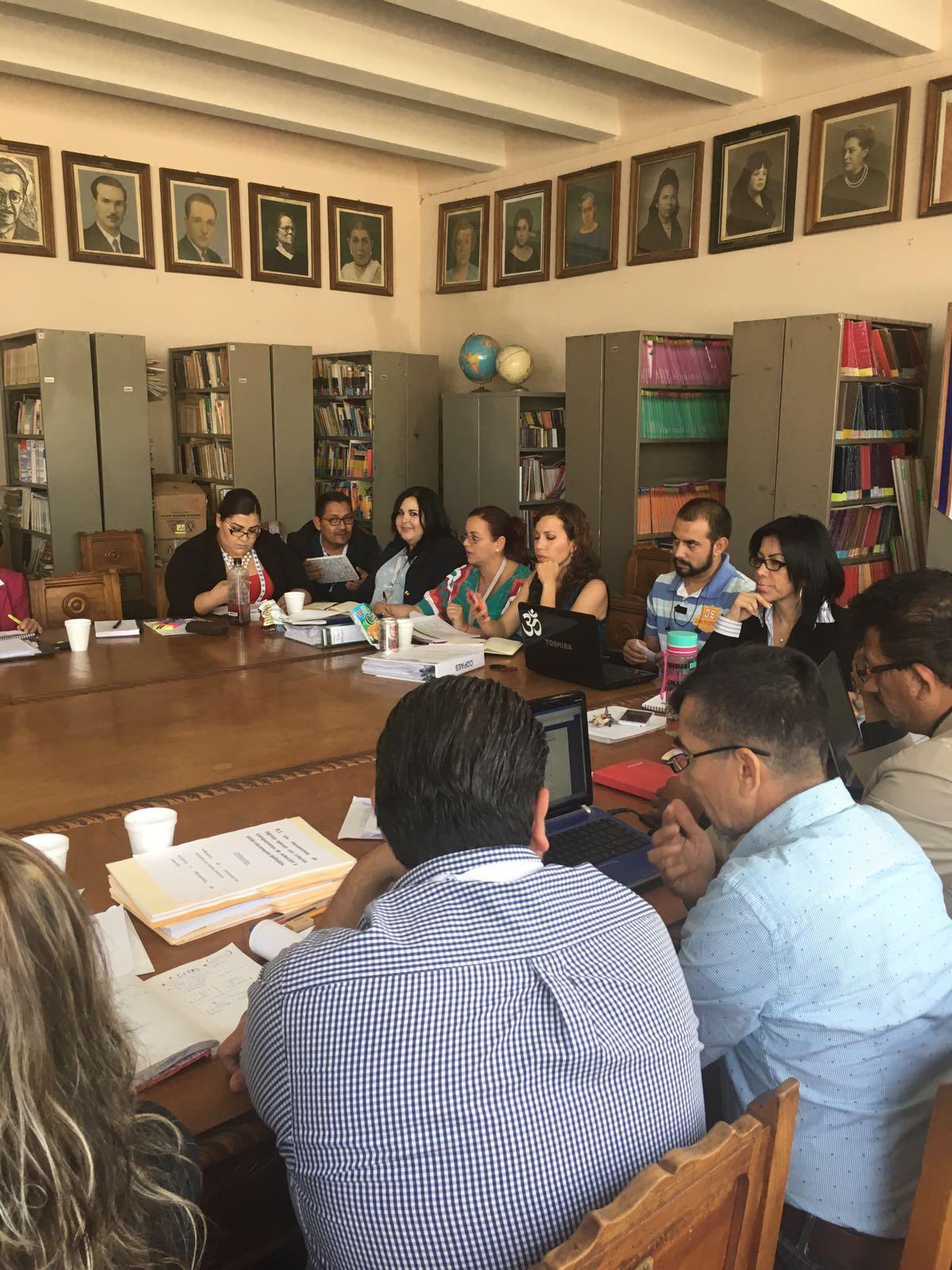 Taller en la Benemérita y Centenaria Escuela Normal de Jalisco