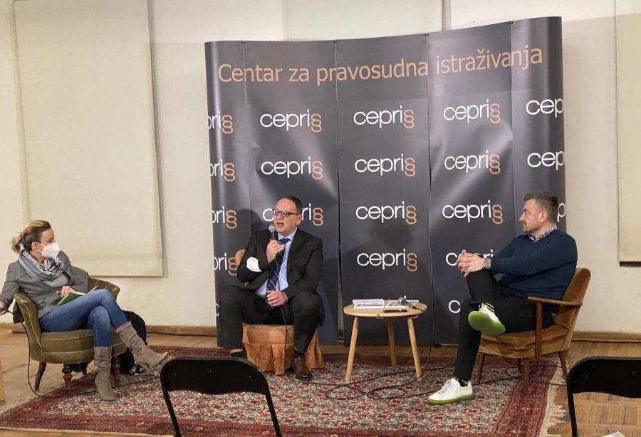 """Druga rasprava u okviru serije razgovora """"Pravosuđe za neupućene"""" Georgiev: Potrebni su nam otvoreniji sudovi, a ne sudije"""