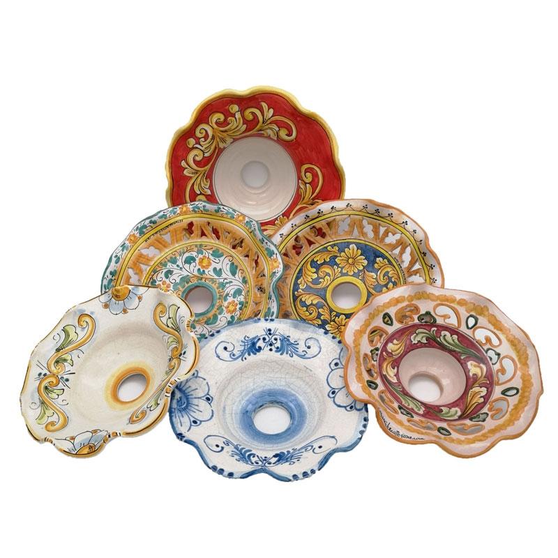 Si vendono tavoli in ferro battuto con maioliche di vietri dipinte a mano o a scelta del cliente. Vendita Lampadari In Ceramica Di Caltagirone Prezzi Scontatissimi