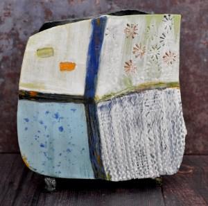 square vase back