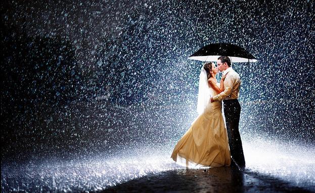 Risultati immagini per pioggia romantica