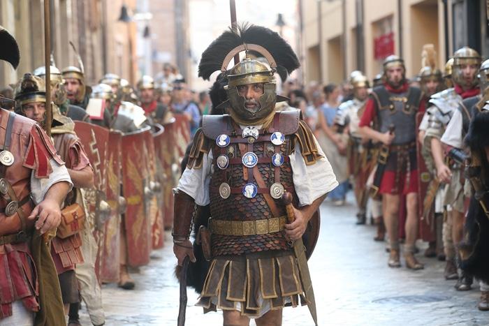 Corteo di Legio Prima a Ravenna. Foto di Ravenna&Dintorni