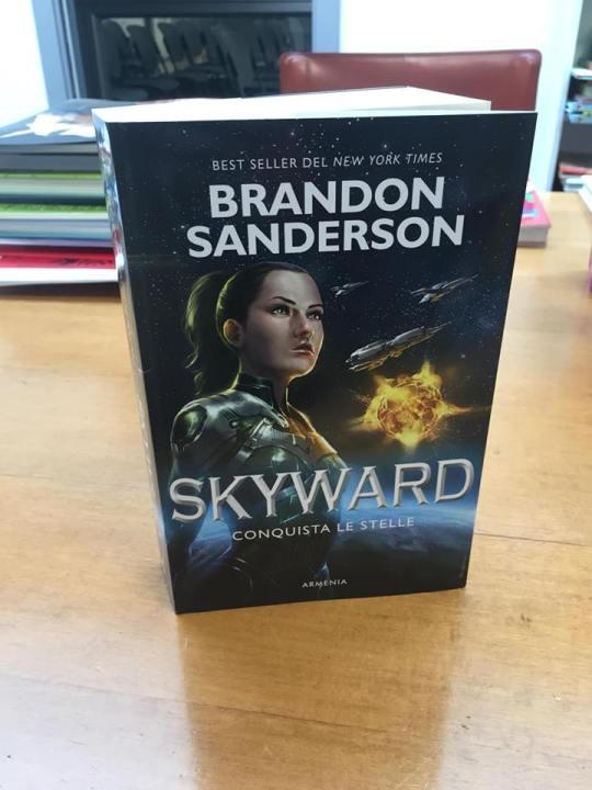 Nel magazzino di Armenia sono appena arrivate le copie di Skyward! Fonte