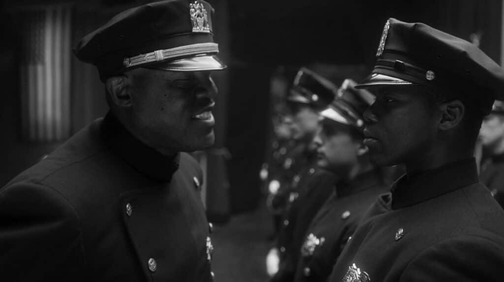 Difficile la vita dell'unico cadetto di colore in una città di razzisti