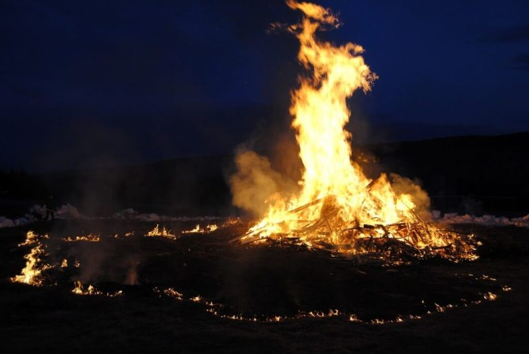 Un tipico fuoco di Beltane