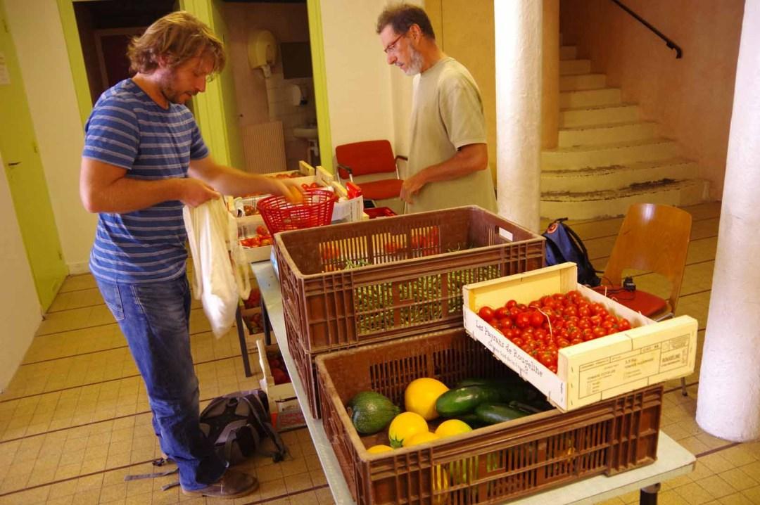 Marché de légumes du Cercle Laïque Dijonnais et sa micro ferme urbaine